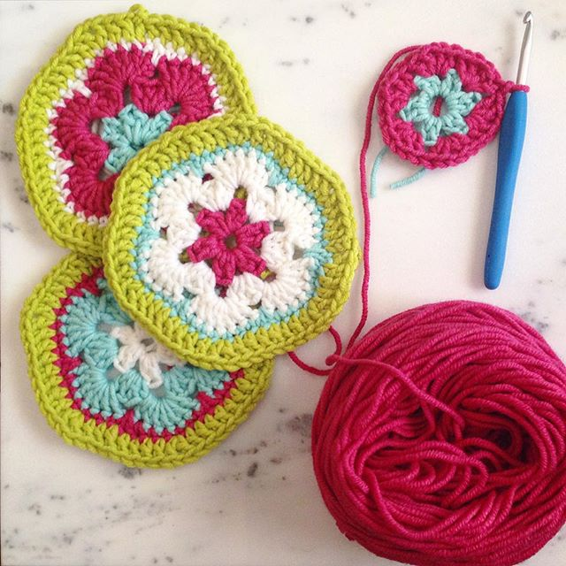 crochet motifs yarnvalet