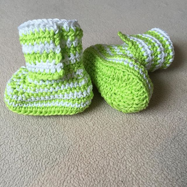crochet_with_ganondorf crochet booties green