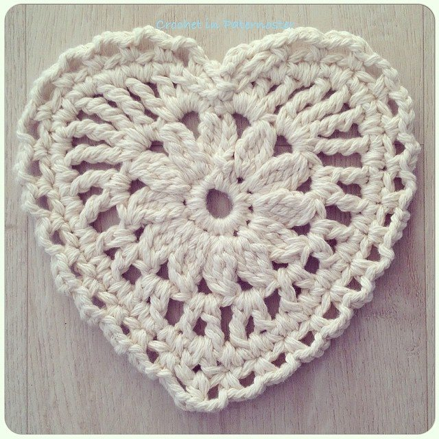 crochetinpaternoster crochet chunky cotton heart