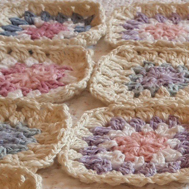 daisy_flower9 crochet granny squares