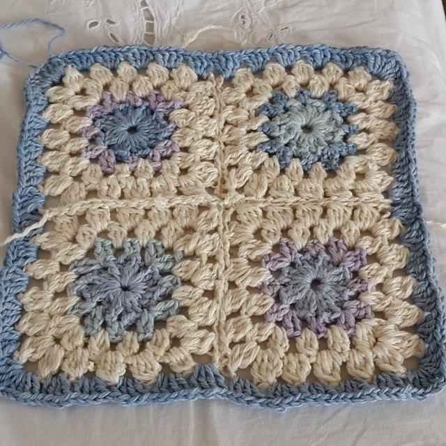 daisy_flower9 crochet squares