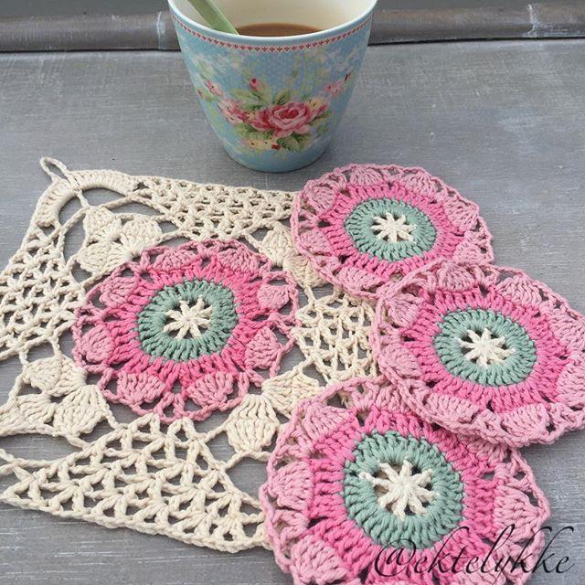 ektelykke crochet rusticlacesquare