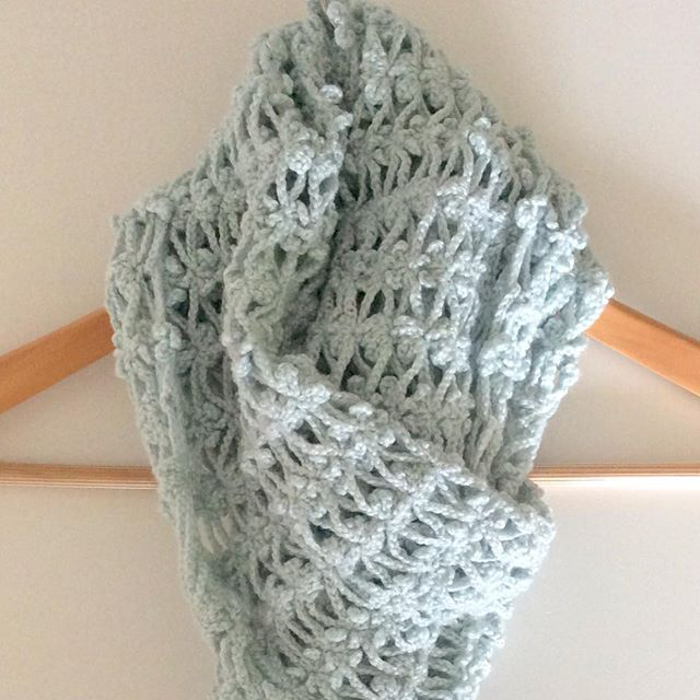 elisabethandree crochet scarf