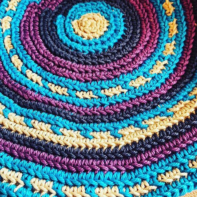 elzavan912 crochet mochila bag