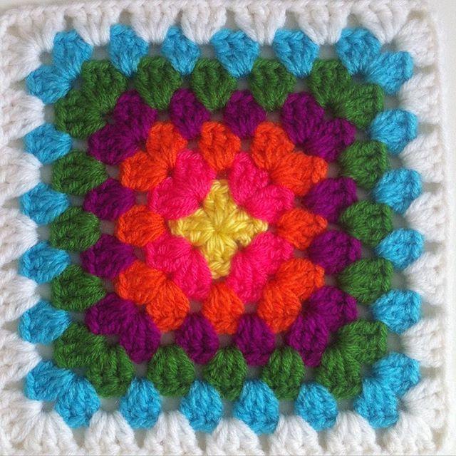 flzvarol crochet granny square