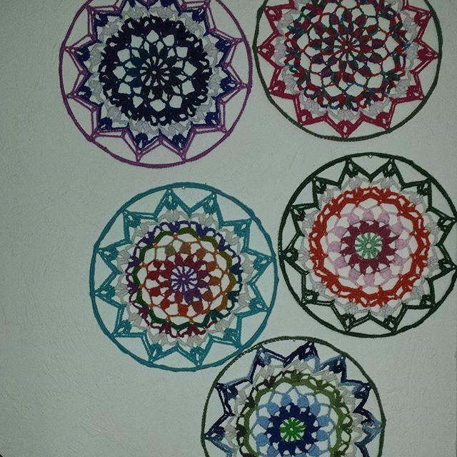 gigididthis crochet mandalas set