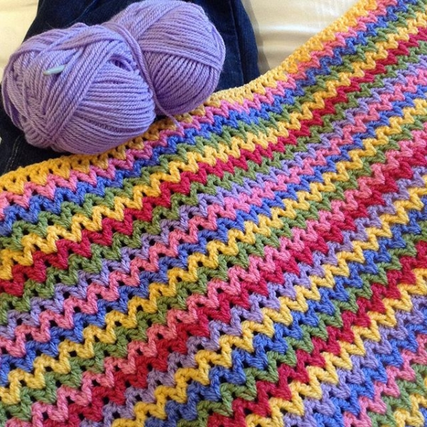 Crochet V Stitch : hooked__on__hooky crochet rainbow v-stitch colorful blanket