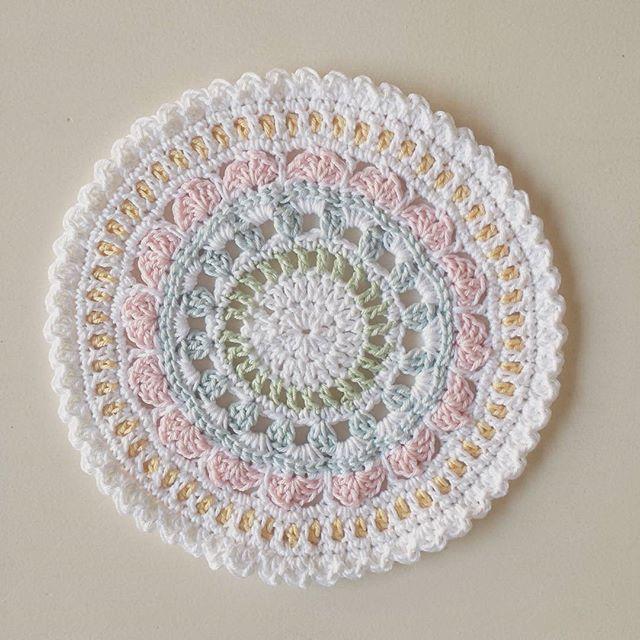 hookybren first crochet mandala