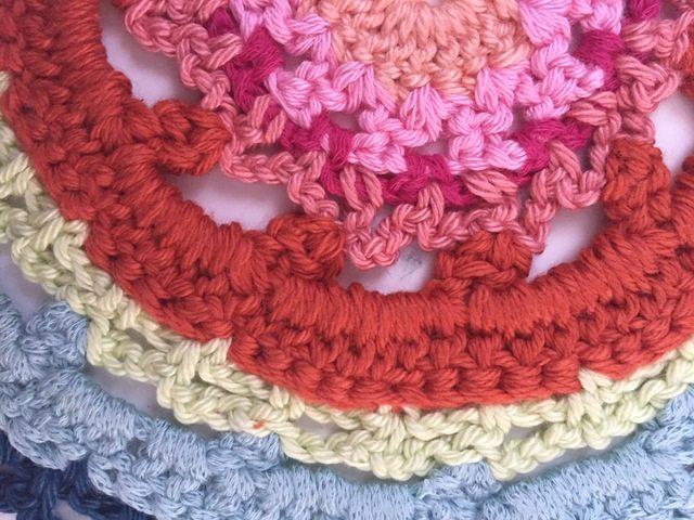 maya's crochet mandala detail