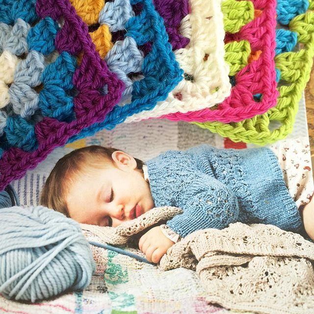 joyfuljaxcrochets.and.knits crochet granny square day