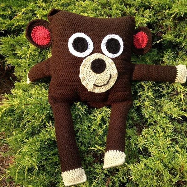 kileygo crochet monkey pillow