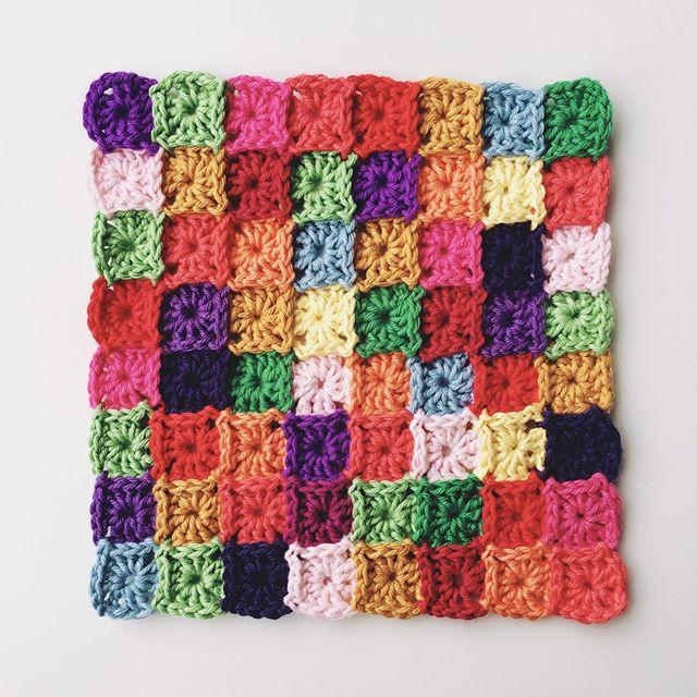 knitpurlhook crochet baby grannies