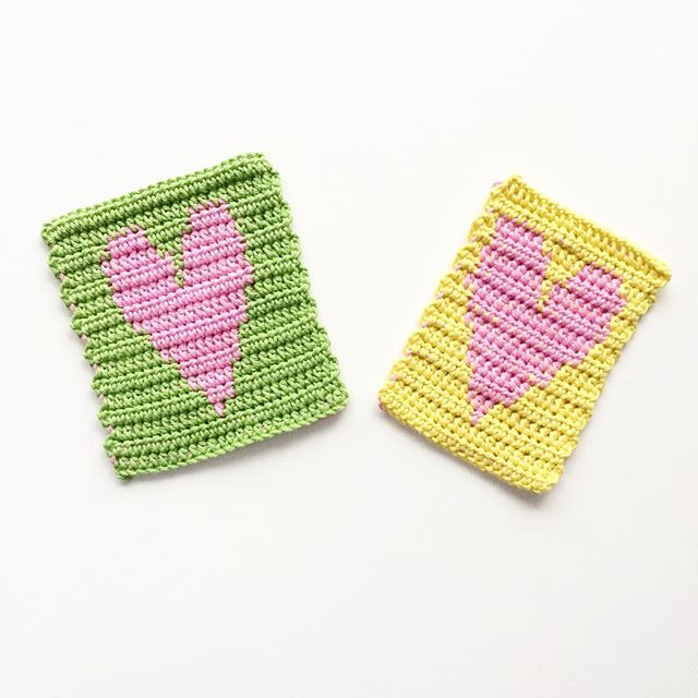 knitpurlhook tapestry crochet heart washcloths