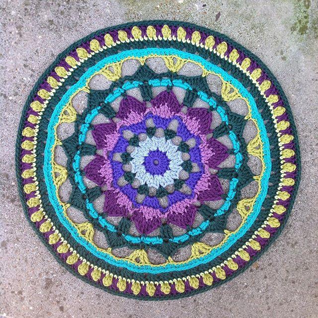 lcs_girl crochet summerdreamsmandala