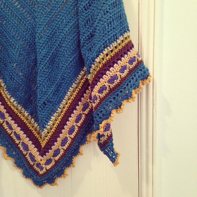 lemonadeyarns crochet shawl