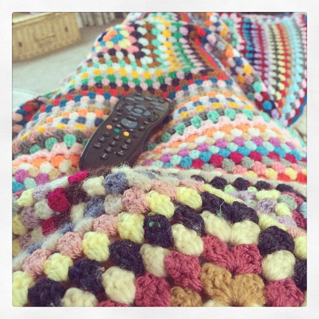 littlebirdbnting crochet blanket rest