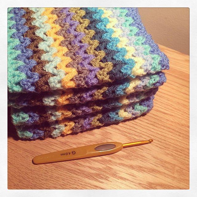 littlebirdbunting crochet vstitch blanket striped