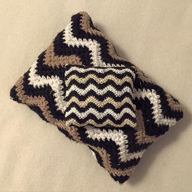 louloudeane crochet chevron set