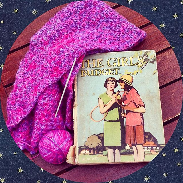 lyndapc crochet and reading