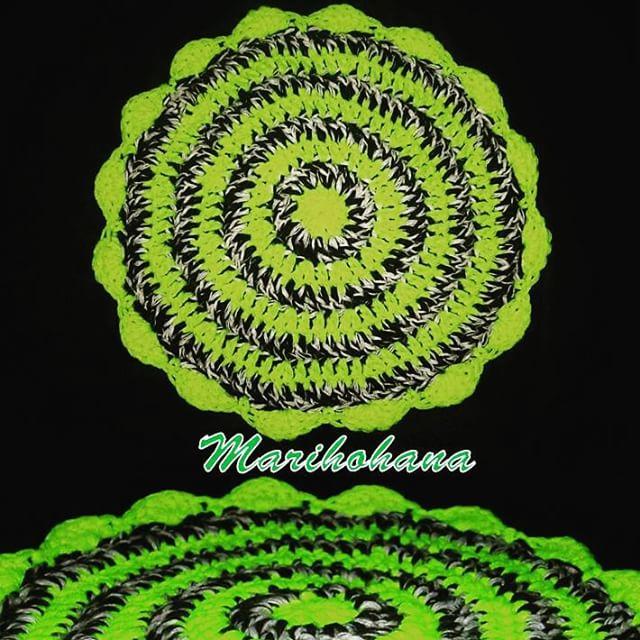 _marihohana crochet neon mandala