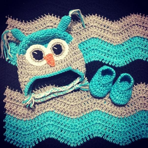 _nessbombaert_ crochet owl baby set