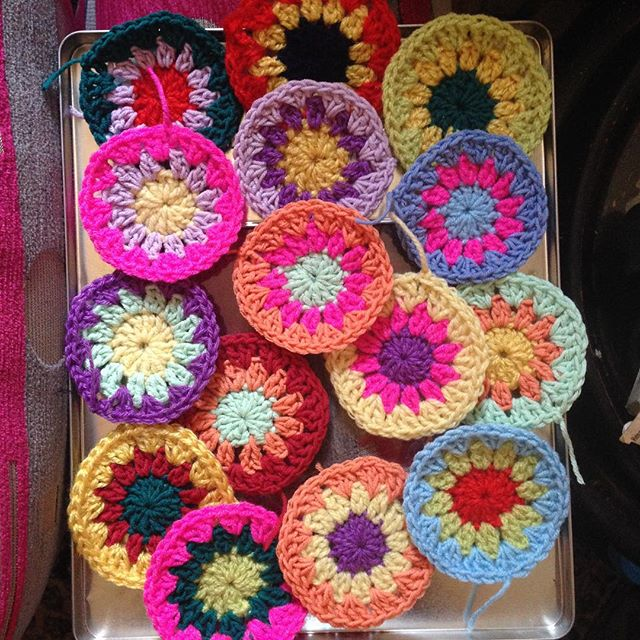nuransabry crochet cushion motifs