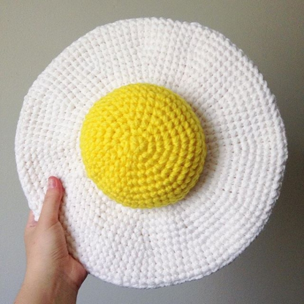 oliviartcreations crochet fried egg pillow