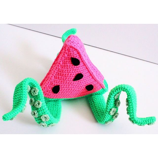 oliviartcreations crochet watermelon squid