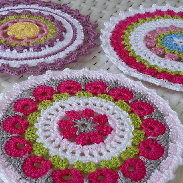 papatyayshem crochet mandalas for wink