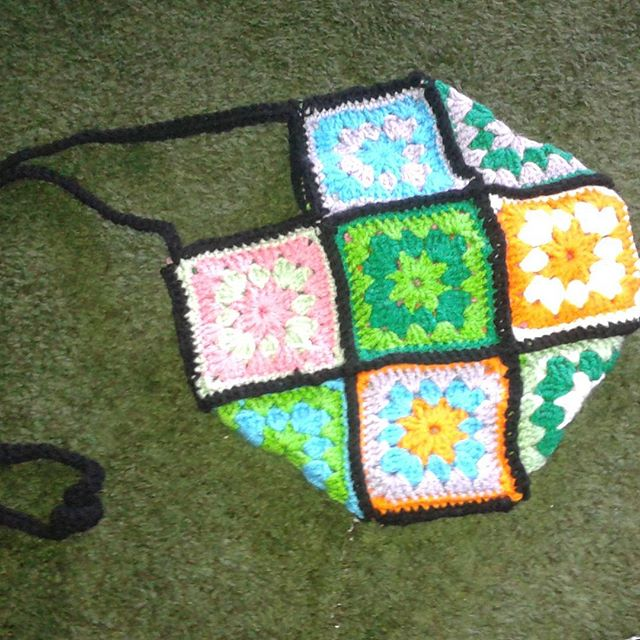 sabrinamc7 crochet granny bag