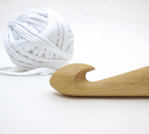 super bulky crochet hooks