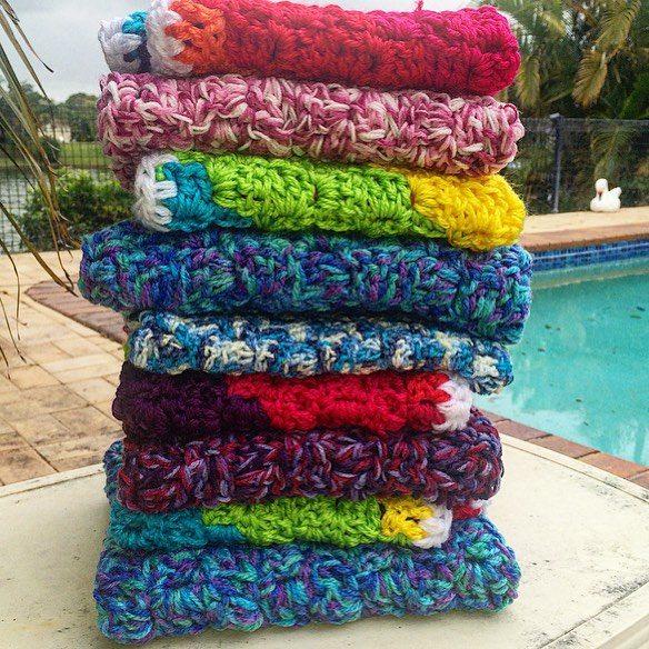 thatgirlwhocrochets crochet blanket stack