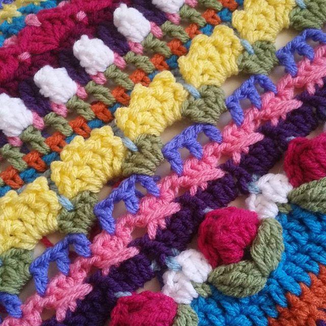 thegirllovesyarn crochet sophie detail