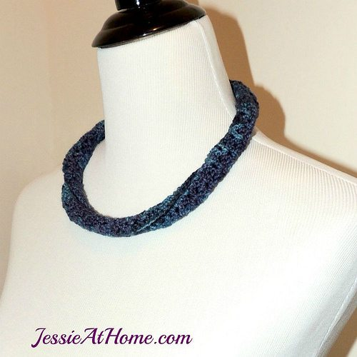 twisted crochet necklace pattern