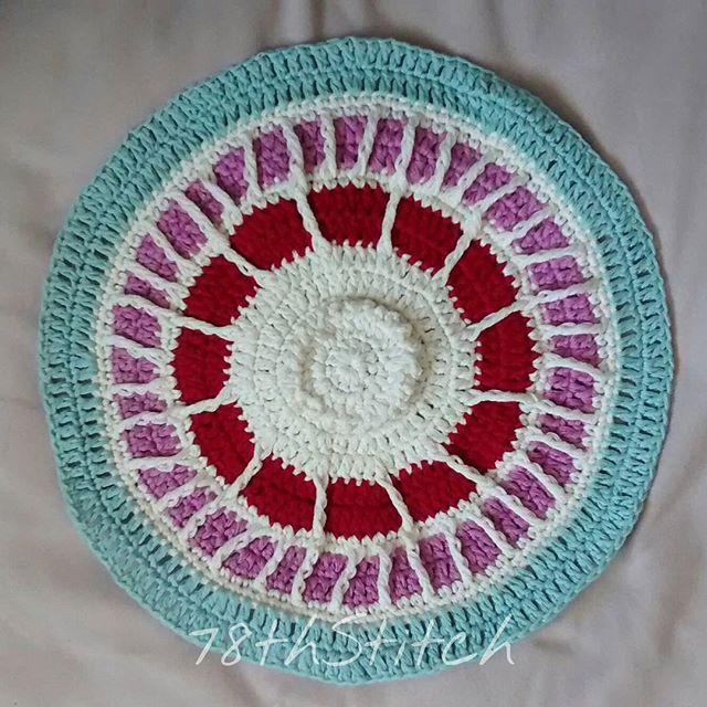 78th_stitch crochet summermosaiccal