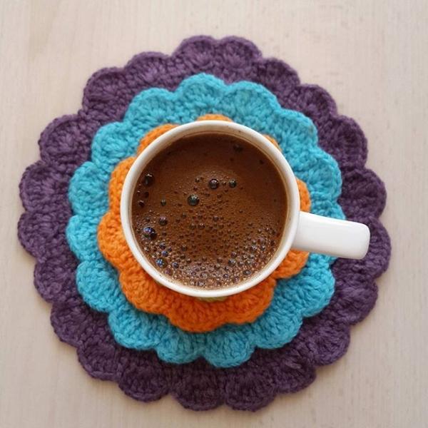 annesurr crochet coffee