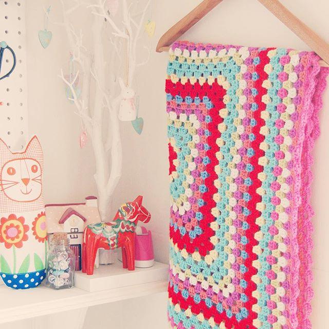 bathcrochetretreat crochet granny blanket