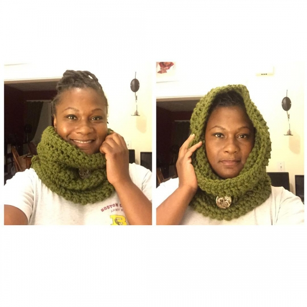 chunky hooded cowl free crochet pattern