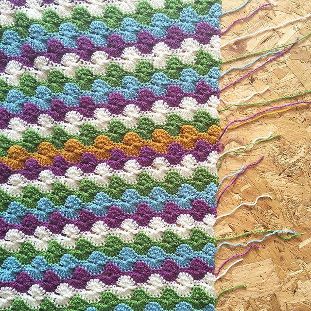 cozamundo crochet weaving in ends