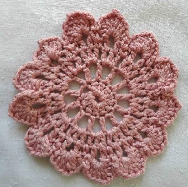 Hottest New Crochet Patterns and More (Link Love)