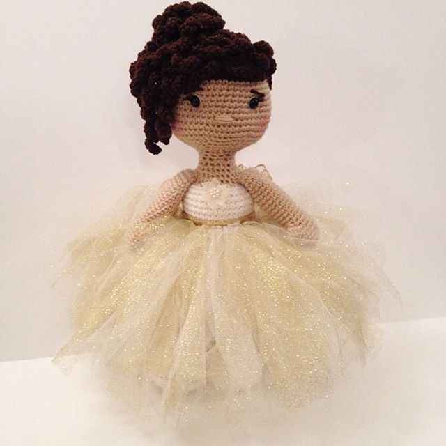 crochet holiday doll by offdhookcreations