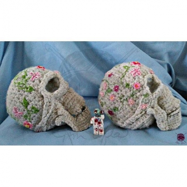 crochet sugar skulls by kim.sofia1