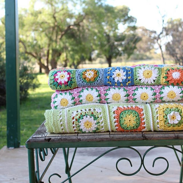 crochetgirl99 crochet daisy blankets