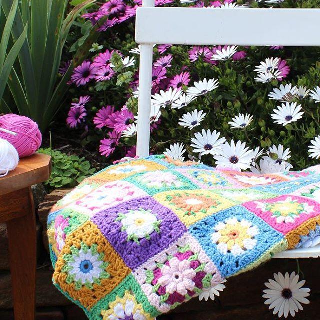 crochetgirl99 crochet flower blanket