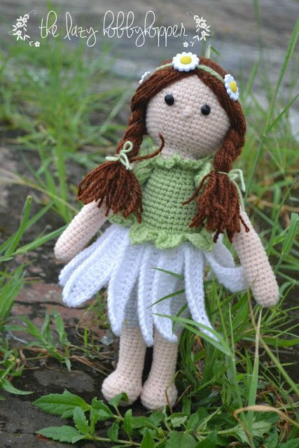 daisy girl crochet doll pattern