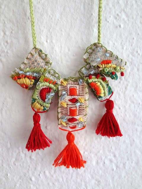 diy embroidered necklace