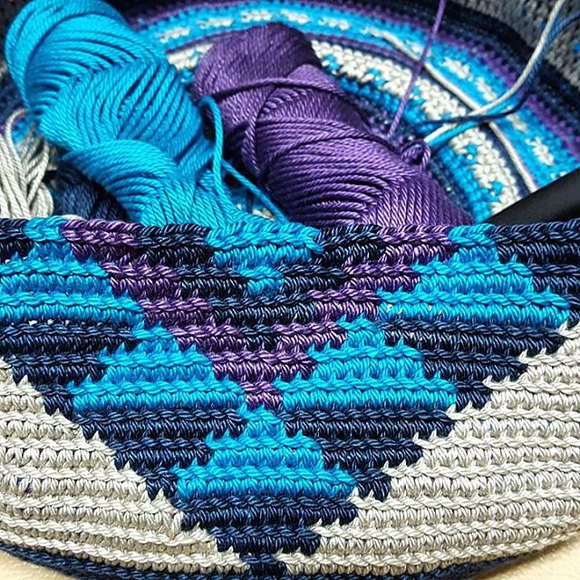 elzavan912 crochet bag