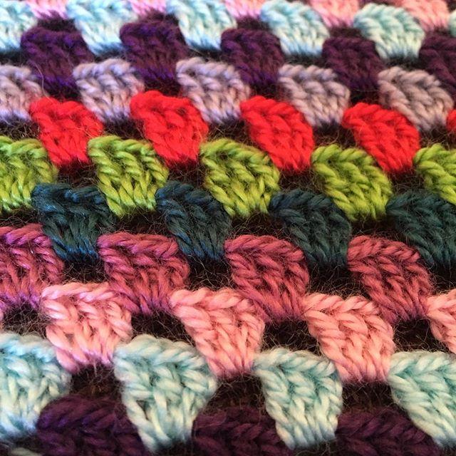 entre.tapices crochet granny stitch