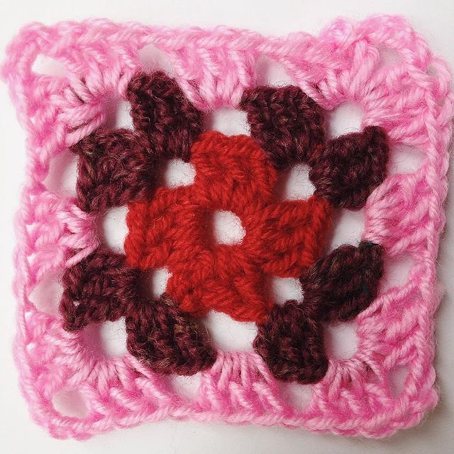 goed.id.handwerk crochet square a day