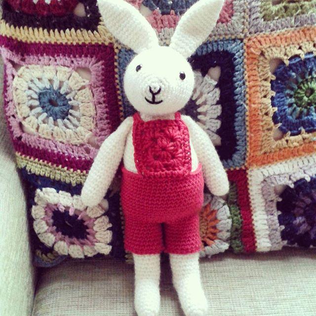 hanrosieg crochet bunnies